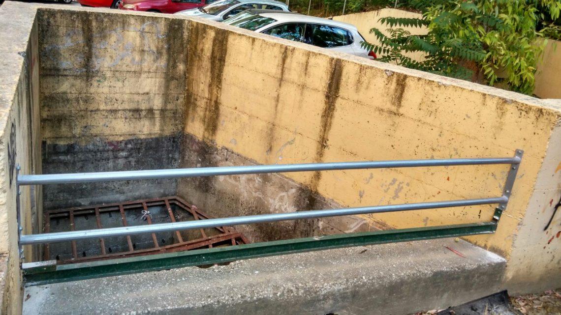 Instalación de barras en absorbedor de canalización de arroyo
