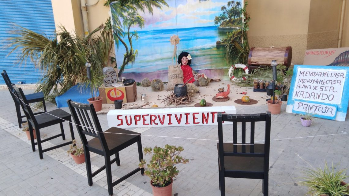 VELADILLA DE SAN JUAN, Exposiciòn de Muñecos de Júas