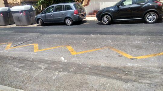 Rebacheo sobre calzada hundimiento CL Alcalde Joaquín Quiles,19