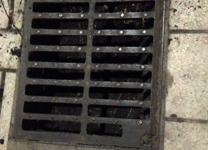 Limpieza de absorbedor en Calle Pje. Alcalde Nicolás Maroto