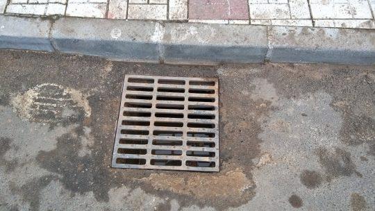 Limpieza de absorbedor en Calle Llobregat,12 solicitado por Asociación de Vecinos Pablo Picasso Jardìn de Màlaga