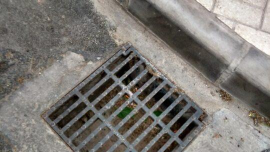 Limpieza de absorbedor en Calle Alcalde Joaquín Quiles nº19 Solicitado Asociaciòn de vecinos Pablo Picasso Jardìn de Màlaga