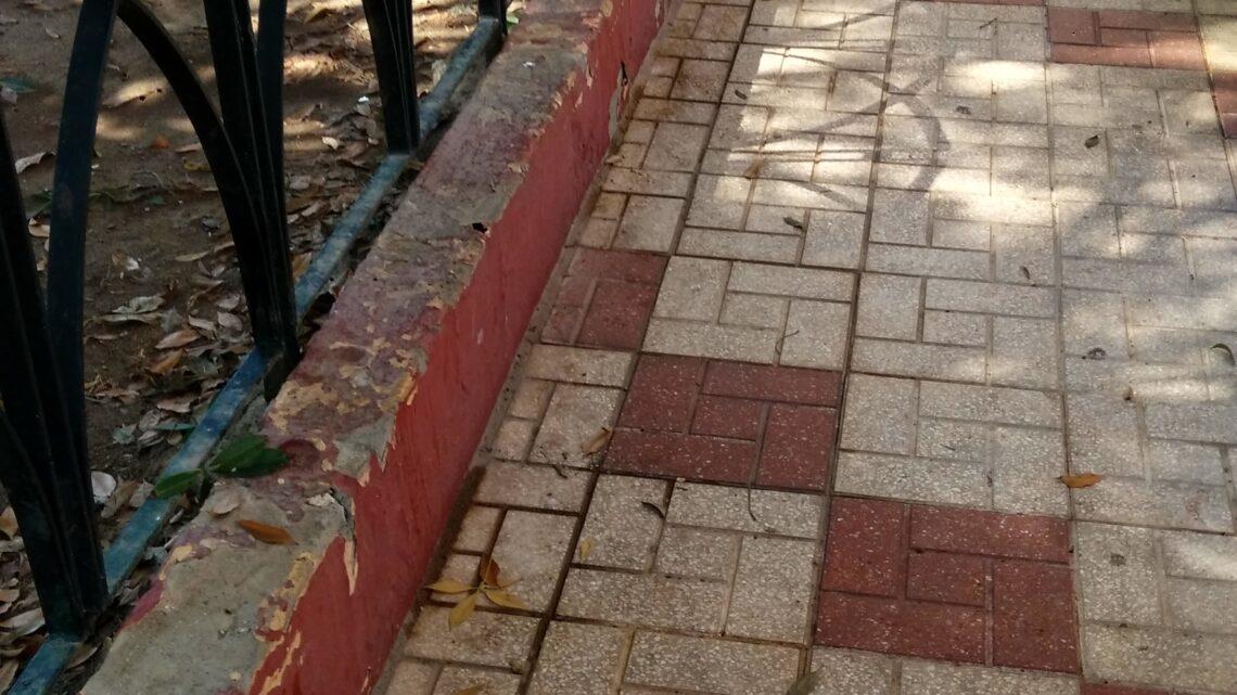 Baldeo manual, realizado para eliminar las manchas y demás suciedad incrustada calle Alcalde Joaquín Quiles Saxofòn El