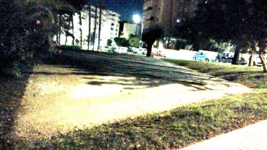 Solicitado suministro e Instalación de cartelerìa deprohibido perros en jardìn en Pasaje Llobregat 4,2 en paralelo con calle Llobregat,1.